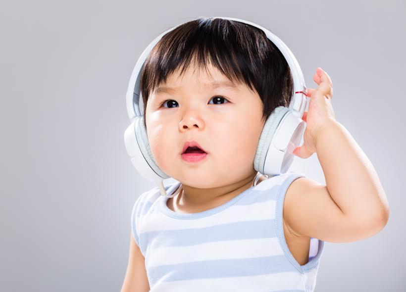 英語の発音は音読CDで聞かせてあげよう!