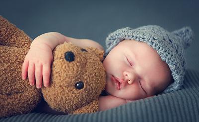 赤ちゃんの生活リズムの整え方。睡眠環境と日中の過ごし方が大切!