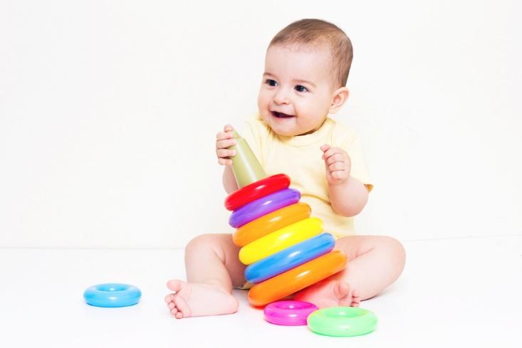 赤ちゃんに英語のおもちゃを与えるとどんな影響があるの?