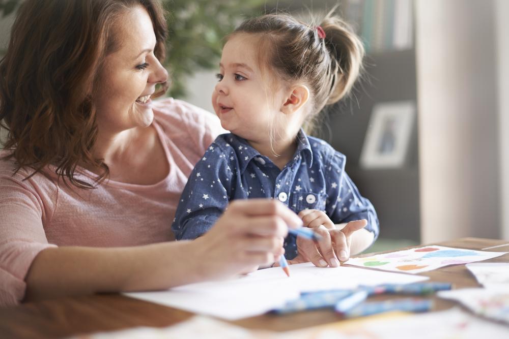 子供の英語学習を続けるにはママのサポートが不可欠!