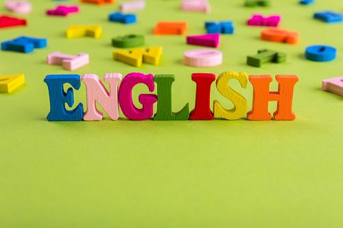 新聞やテレビで話題!大学入試改革で子供の英語学習がますます重要に