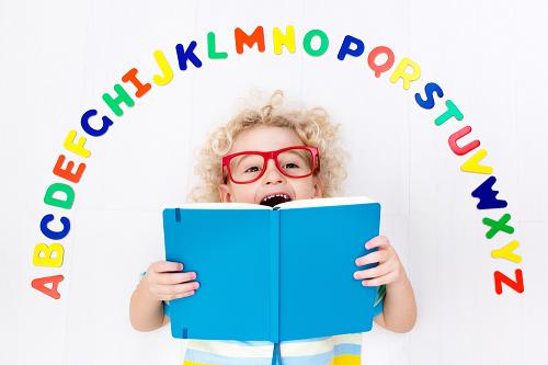 """幼児英語教育で""""使える!""""教材とは?3つのポイントを今すぐチェック!"""