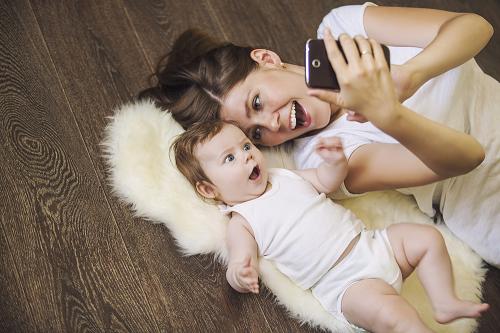 赤ちゃんが喜んで見る歌の動画で英語学習!