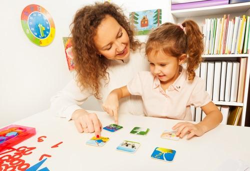 子供の英語学習にぜひ使いたい!絵カードの学習メリットとは?