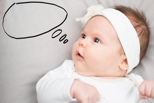 赤ちゃんは言葉をインプットする重要な時期