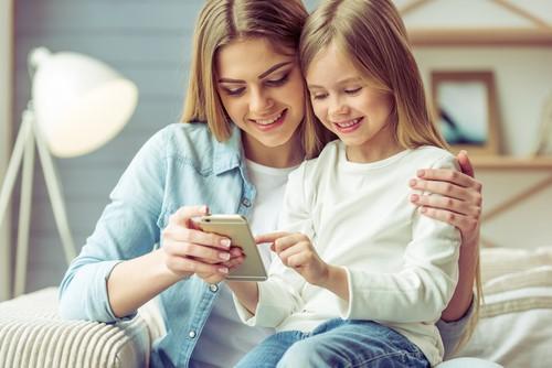 スマホを使って子供英語学習!無料ダウンロードできる英語の読み聞かせ絵本アプリ2つ