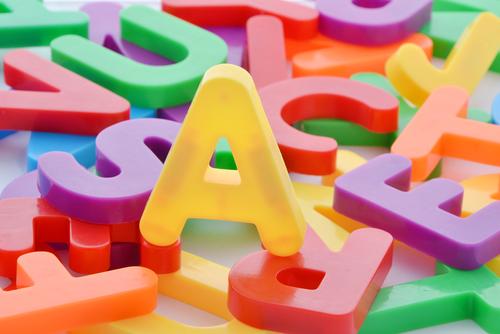 アルファベットの練習は「耳から入れる」が正しい