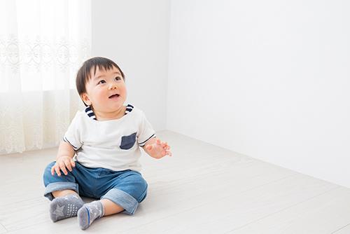 「赤ちゃんの発音聞き分け方法は意外な方法だった?