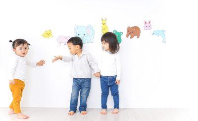 子供の英語教育はどの方法がベスト?自宅と教室の学習方法を徹底比較
