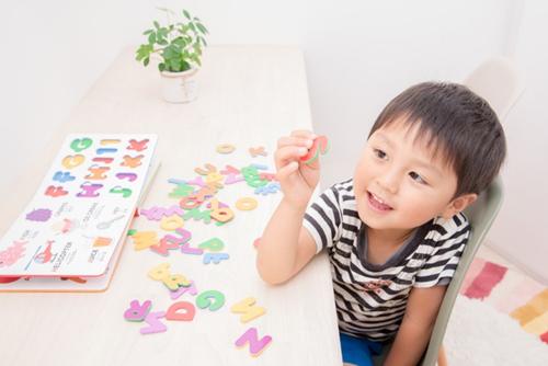 4歳児の習い事は英語学習がオススメ