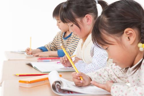 英語と日本語の学習は両立できるのか
