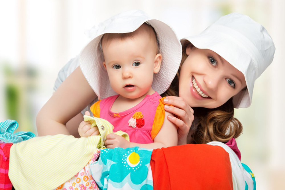 赤ちゃんとの旅行はいつからOK?オススメの移動方法や宿の選び方