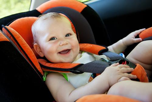 赤ちゃん連れの移動手段はどうする?