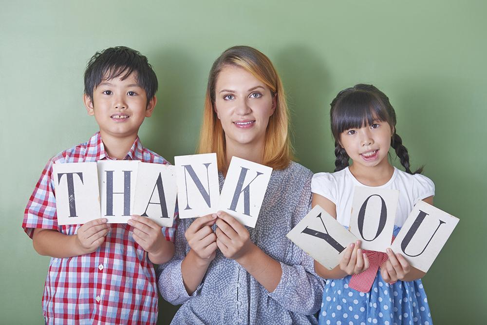 英語で「ありがとう」の気持ちを伝えよう!すぐに使えるフレーズ特集