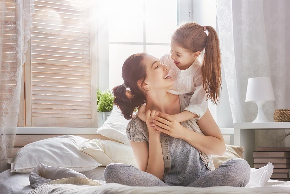 「娘」や「息子」にまつわる英語表現!発音やニュアンス、使えるフレーズまで