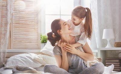 「娘」や「息子」の英語表現や正しい発音は?日常英会話の基本フレーズ
