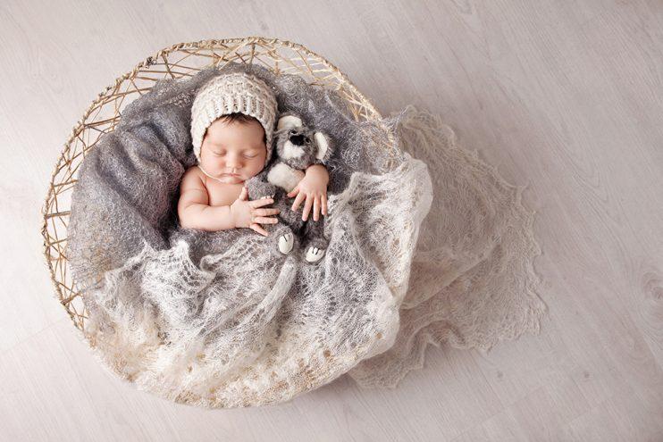 新生児の期間っていつまで?新生児の特徴や乳児・幼児との違い