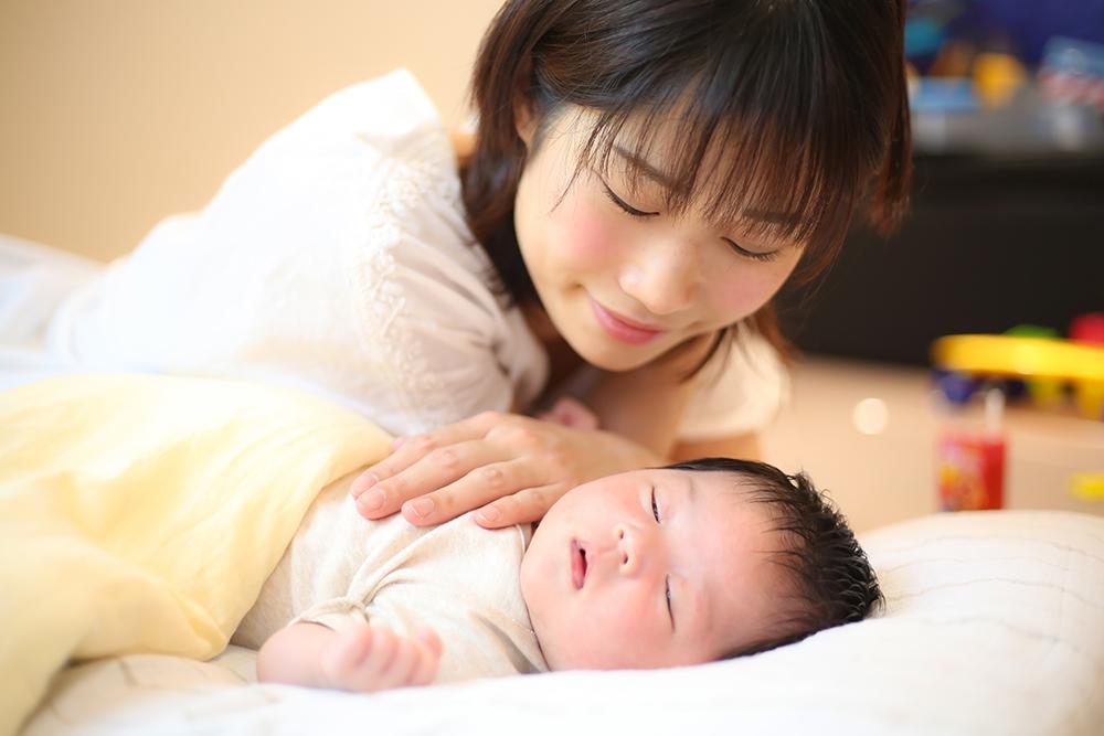 【専門家に聞く】赤ちゃんとママのための熟睡学入門!新生児の脳を育てる「良い睡眠」とは?—前編—