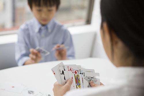 カードゲームでおうち遊び