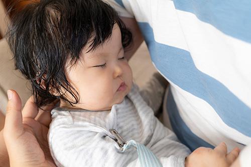 あせもって何?赤ちゃんのあせもの原因・症状とは?