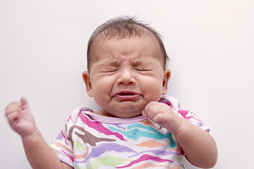 ちょっと敏感。新生児のくしゃみが多い理由