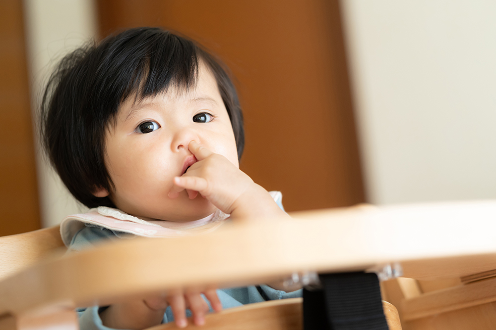 赤ちゃんの「鼻づまり」どう解消する?原因と家庭でできる予防法・対処法【小児科医監修】