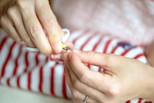 新生児の赤ちゃんの爪切りはいつから?どうなったら?