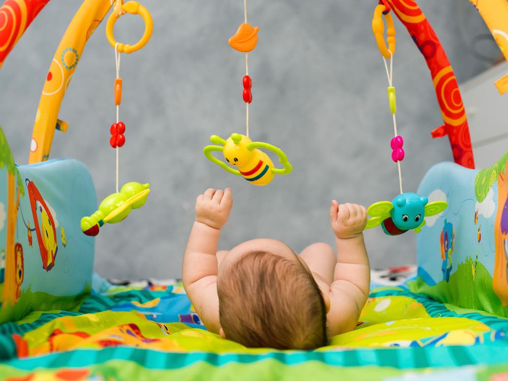 赤ちゃんはコミュニケーションによって育つ