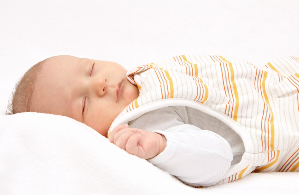 赤ちゃんの窒息を防ぐ寝具