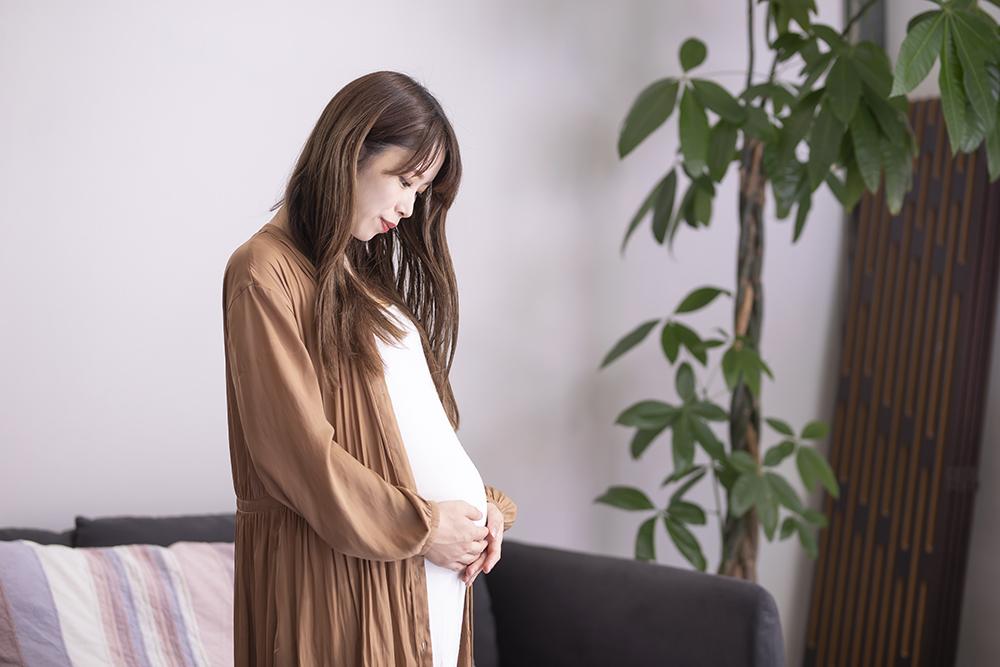 【助産師監修】マタニティブルーとは?症状や時期、産後うつとの違い、対処法をチェック
