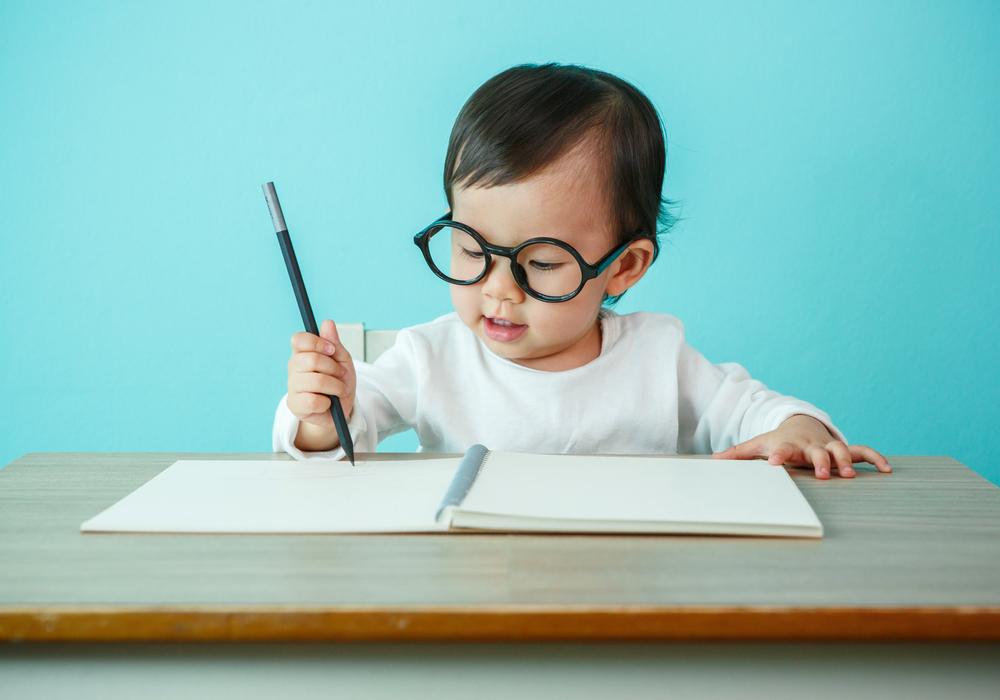 右脳パワーで英語がどんどん覚えられる!英語学習は幼児期からがオススメ!
