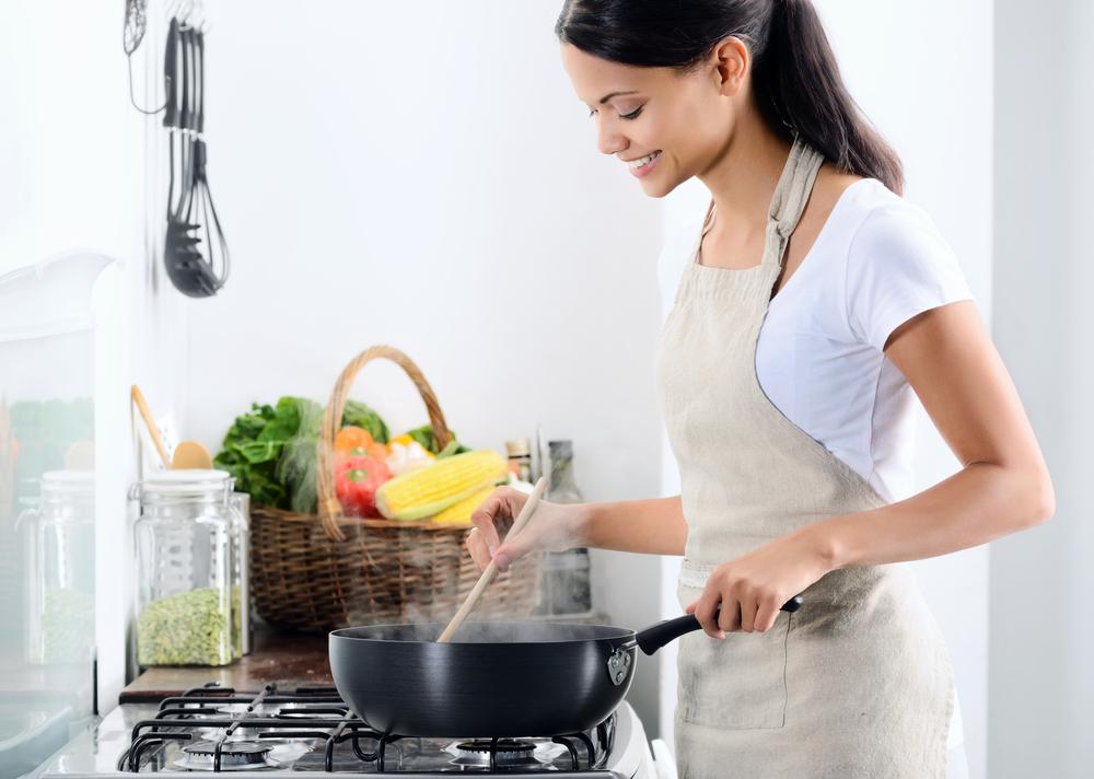 共働きの料理作りはまとめて下ごしらえと冷凍保存が決め手!