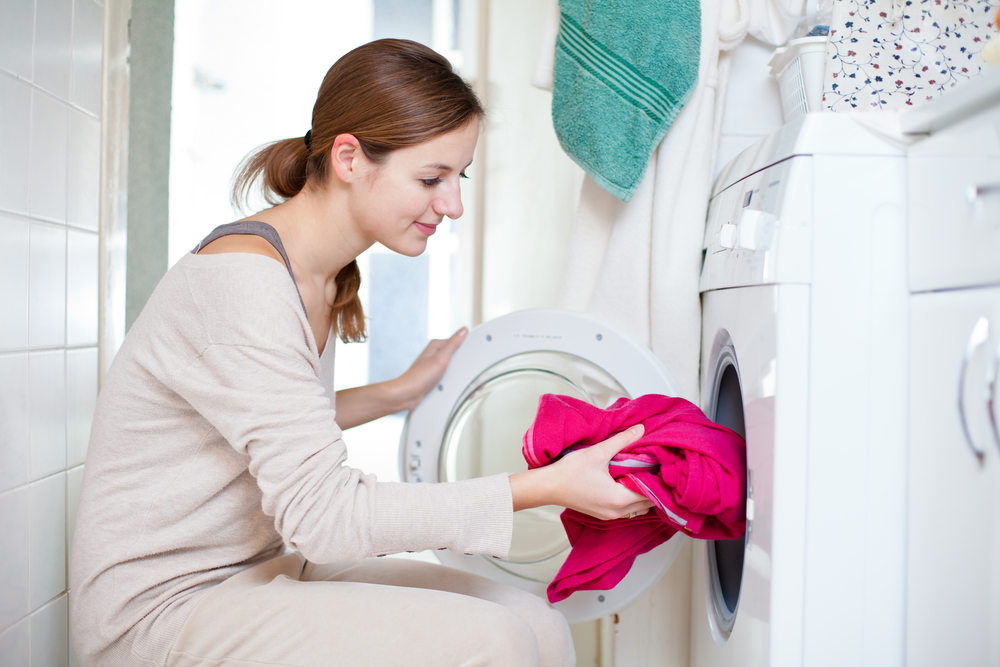 大人と赤ちゃんの洗濯は分けるべき?