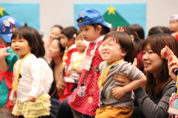 ChristmasEvent_dance.JPG