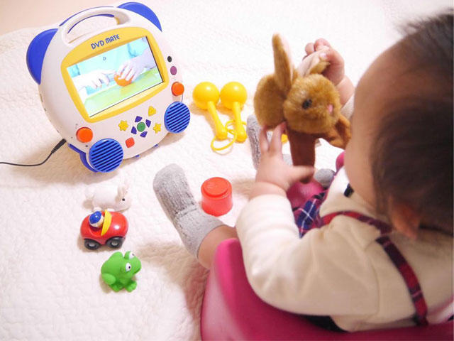 親子で遊びながら英語に親しめるおもちゃがいっぱい ほか03