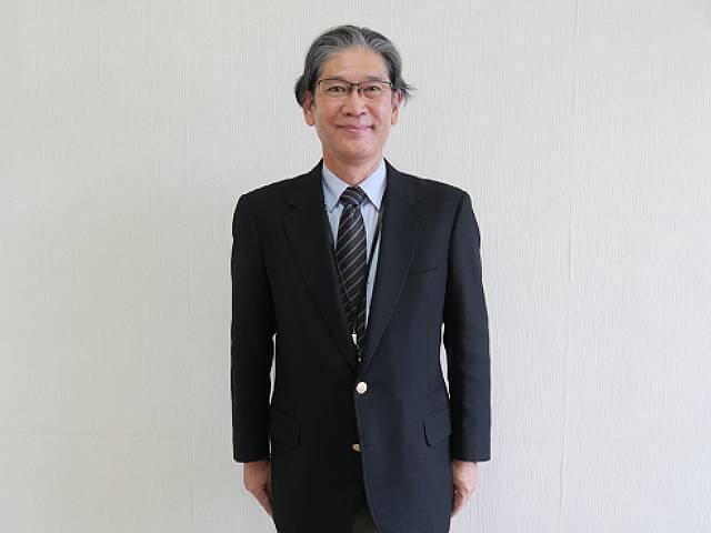 舘林吉男初等部副校長先生
