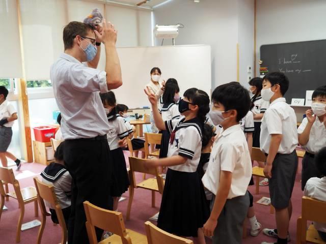 Q2. 英語カリキュラムと授業の特色について教えてください。