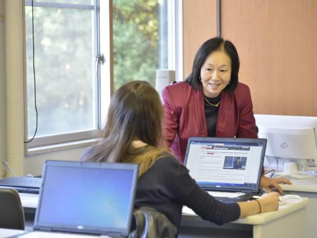 Q3. 日本人が外国人とコミュニケーションをとる上で、最も大切なことを教えてください。