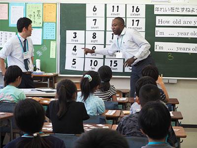 大泉東小学校