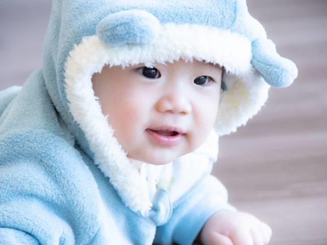 耳が良く、発音を学ぶのに適している乳幼児期